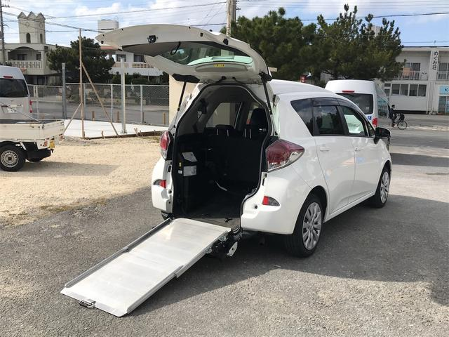 沖縄県の中古車ならラクティス X ウェルキャブ 後部スローパー 車椅子1基載 キーレス CD