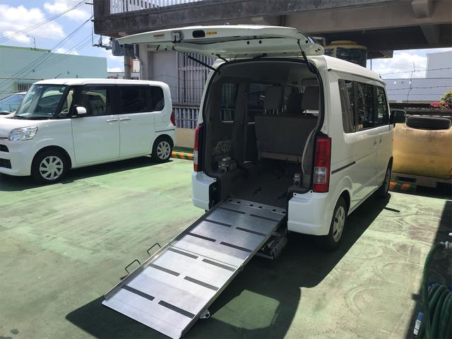 沖縄の中古車 スズキ エブリイワゴン 車両価格 112万円 リ済込 2015(平成27)年 4.3万km シルバー