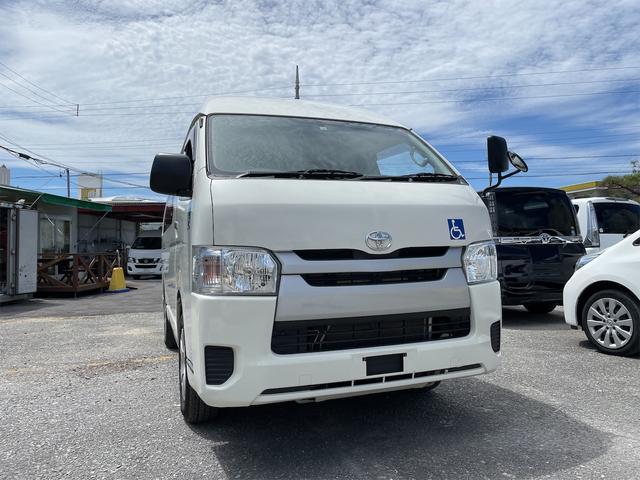 沖縄の中古車 トヨタ ハイエースバン 車両価格 184万円 リ済込 2015(平成27)年 6.5万km ホワイト
