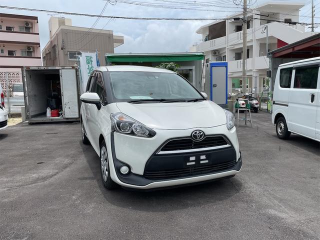 沖縄の中古車 トヨタ シエンタ 車両価格 193万円 リ済込 2015(平成27)年 3.2万km ホワイト