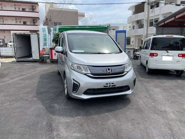 沖縄の中古車 ホンダ ステップワゴン 車両価格 173万円 リ済込 2016(平成28)年 9.0万km グレー