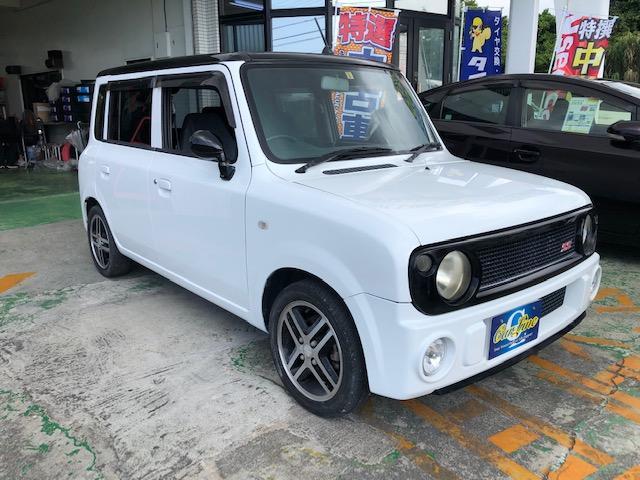 沖縄の中古車 スズキ アルトラパン 車両価格 33万円 リ済別 2004(平成16)年 9.5万km ホワイトII