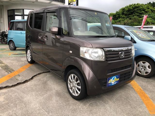 沖縄の中古車 ホンダ N-BOX 車両価格 43万円 リ済込 2013(平成25)年 14.5万km ブラウンM