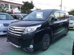 沖縄の中古車 トヨタ ノア 車両価格 239万円 リ済別 平成27年 2.7万K ブラック
