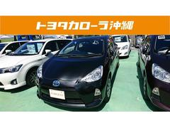 沖縄の中古車 トヨタ アクア 車両価格 109万円 リ済別 平成26年 5.9万K ブラック
