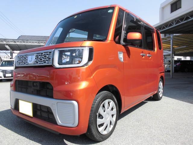 沖縄の中古車 ダイハツ ウェイク 車両価格 85万円 リ済込 平成27年 7.7万km トニコオレンジメタリック