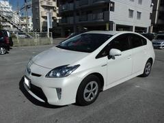 沖縄の中古車 トヨタ プリウス 車両価格 175万円 リ済込 平成27年 3.1万K ホワイトパールクリスタルシャイン