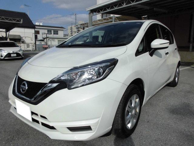 沖縄の中古車 日産 ノート 車両価格 70万円 リ済込 2017(平成29)年 7.4万km パールホワイト