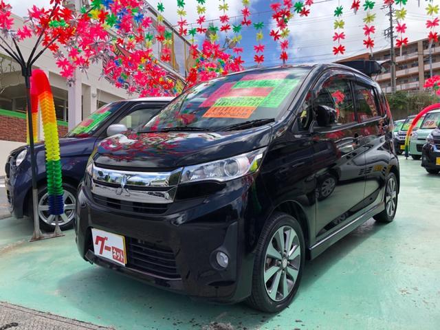 沖縄の中古車 三菱 eKカスタム 車両価格 69万円 リ済別 2013(平成25)年 5.8万km ブラックM