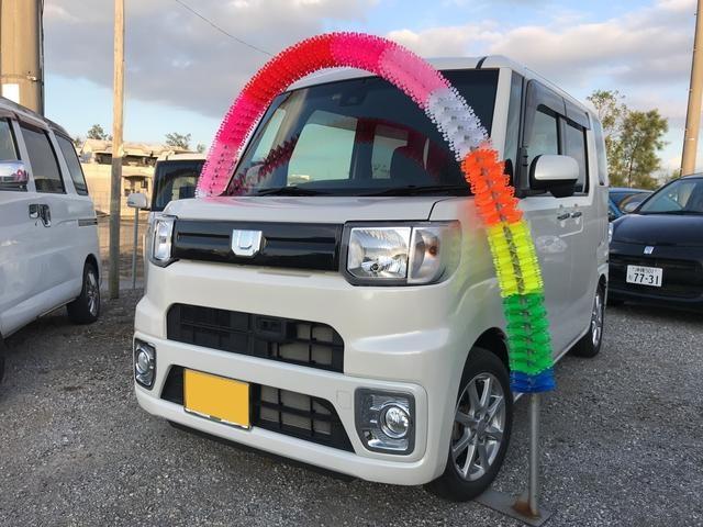 沖縄の中古車 ダイハツ ウェイク 車両価格 139万円 リ済込 2017(平成29)年 0.7万km パールホワイト