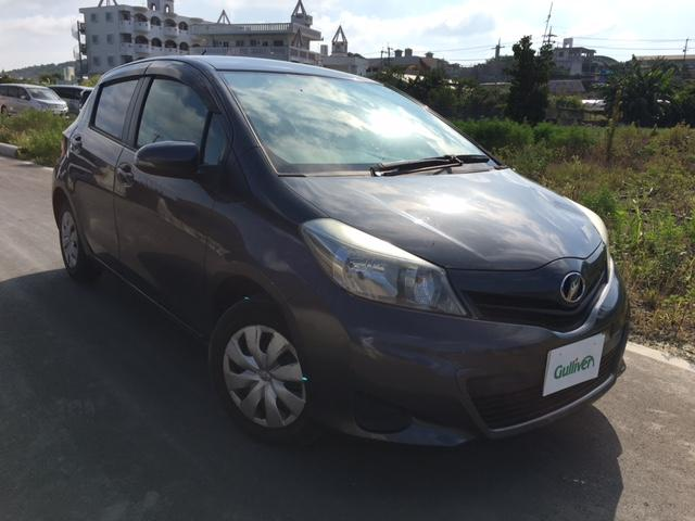 沖縄の中古車 トヨタ ヴィッツ 車両価格 57万円 リ済別 平成23年 9.5万km グレー