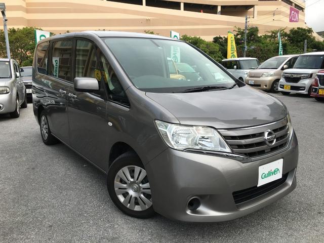 沖縄の中古車 日産 セレナ 車両価格 55万円 リ済別 2011(平成23)年 13.9万km ブレードシルバーM