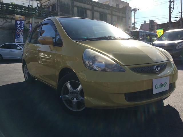 沖縄の中古車 ホンダ フィット 車両価格 39万円 リ済別 2005(平成17)年 12.8万km イエロー