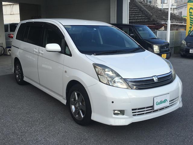 沖縄の中古車 トヨタ アイシス 車両価格 34万円 リ済別 2007(平成19)年 10.7万km ホワイト