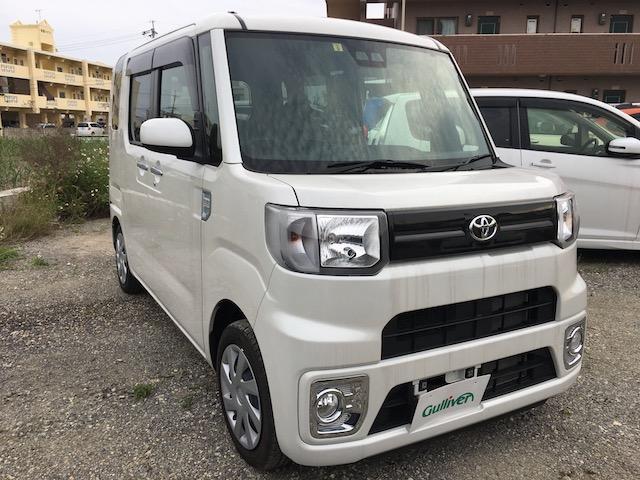 沖縄県の中古車ならピクシスメガ D SAIII