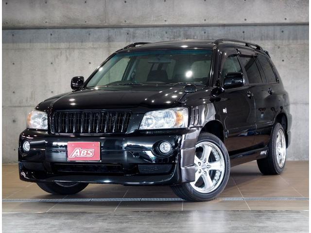 沖縄の中古車 トヨタ クルーガーL 車両価格 48万円 リ済別 2006(平成18)後 14.4万km ブラック