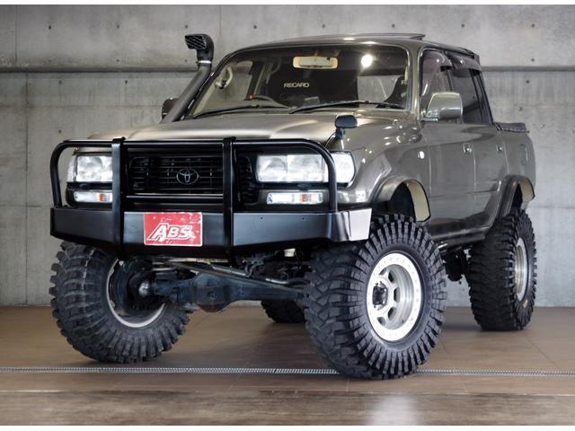 沖縄県の中古車ならランドクルーザー80 VX リフトUP シュノーケルダクト ピックアップ車 無事故