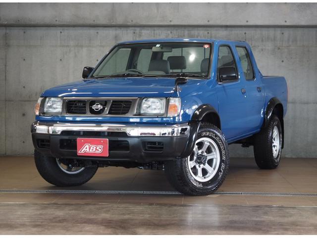 沖縄県の中古車ならダットサントラック  ディーゼルターボ 4WD エアコン パワステ オーバーフェンダー CD 16AW 買取直販 記録簿30枚 AUX