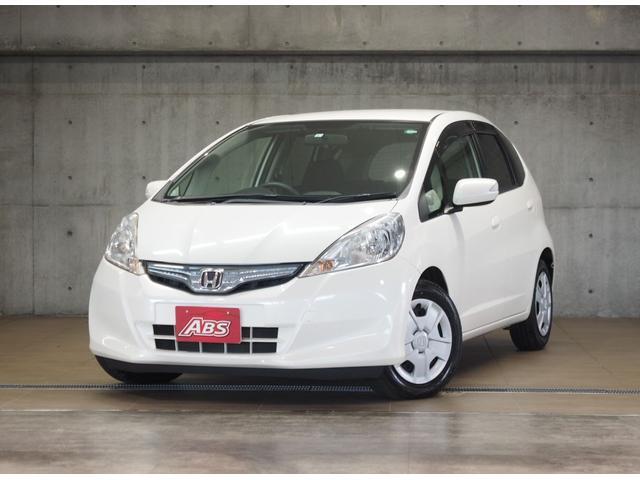 沖縄の中古車 ホンダ フィットハイブリッド 車両価格 55万円 リ済別 2011(平成23)年 3.1万km パール