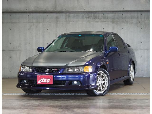 沖縄の中古車 ホンダ アコード 車両価格 99万円 リ済別 2002(平成14)年 19.9万km ダークブルー