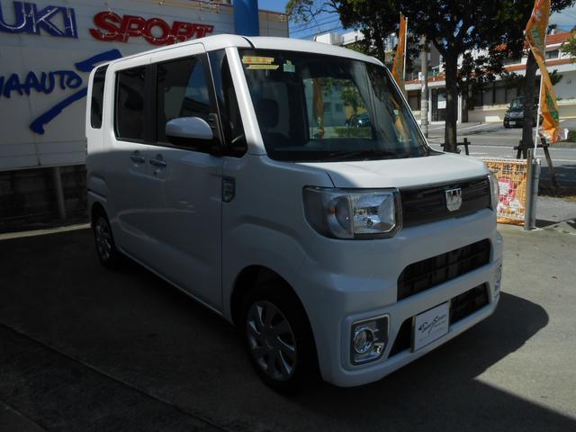 沖縄の中古車 ダイハツ ウェイク 車両価格 151万円 リ未 2021(令和3)年 8km パールホワイト