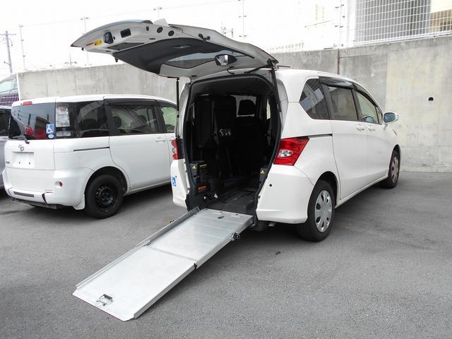 沖縄県の中古車ならフリード 福祉車両 1基積 スローパー