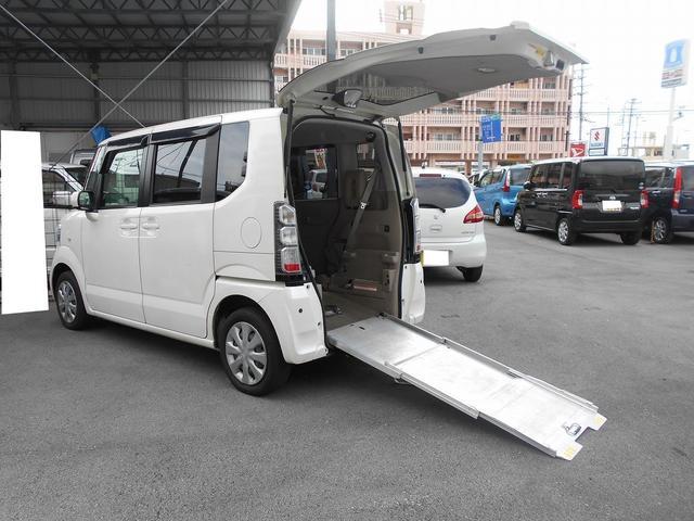 沖縄県の中古車ならN BOX+ 福祉車両 1基積 スロープ式