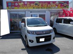 沖縄の中古車 スズキ ワゴンRスティングレー 車両価格 62.8万円 リ済込 平成23年 4.2万K パールホワイト