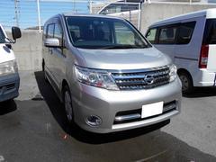 沖縄の中古車 日産 セレナ 車両価格 71.8万円 リ済込 平成21年 7.9万K シルバー