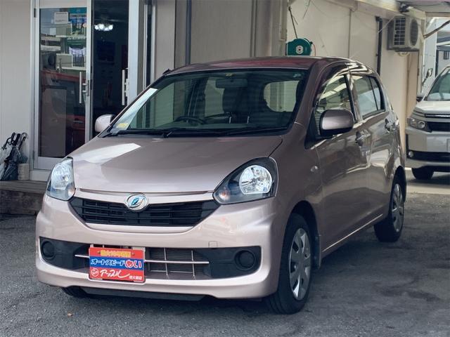 沖縄の中古車 ダイハツ ミライース 車両価格 55万円 リ済込 2016(平成28)年 4.2万km ピンク