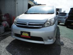 沖縄の中古車 トヨタ アイシス 車両価格 29万円 リ済込 平成19年 12.9万K シルバーM