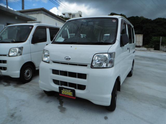 沖縄の中古車 ダイハツ ハイゼットカーゴ 車両価格 22万円 リ済込 2005(平成17)年 11.5万km ホワイト