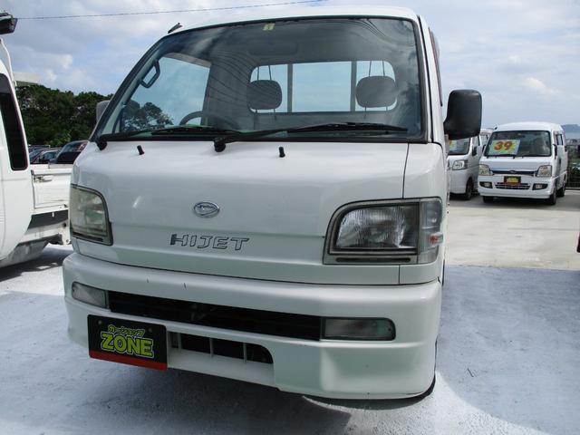 沖縄の中古車 ダイハツ ハイゼットトラック 車両価格 34万円 リ済込 2004(平成16)年 9.8万km ホワイト