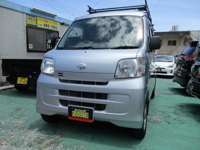 沖縄の中古車 ダイハツ ハイゼットカーゴ 車両価格 43万円 リ済込 2012(平成24)年 9.6万km シルバーM