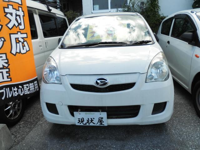 沖縄の中古車 ダイハツ ミラ 車両価格 28万円 リ済込 平成25年 14.8万km ホワイト