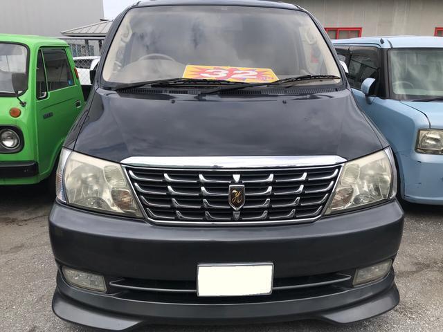 沖縄県沖縄市の中古車ならグランドハイエース G エアロストームエディション