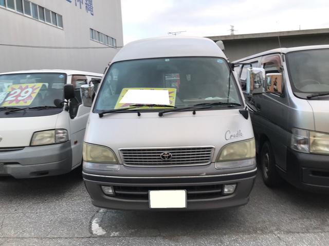 沖縄の中古車 トヨタ ハイエースバン 車両価格 38万円 リ済込 1999(平成11)年 30.2万km シルバーII