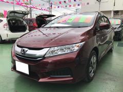 沖縄の中古車 ホンダ グレイス 車両価格 149万円 リ済別 平成28年 5.6万K プレミアムディープロッソパール