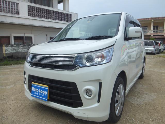 沖縄の中古車 スズキ ワゴンRスティングレー 車両価格 64万円 リ済込 2016(平成28)年 7.4万km パールホワイト