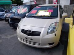 沖縄の中古車 トヨタ ヴィッツ 車両価格 28万円 リ済込 平成17年 7.6万K クリーム