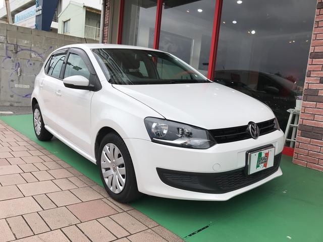 沖縄の中古車 フォルクスワーゲン VW ポロ 車両価格 105万円 リ済別 2014(平成26)年 2.1万km ホワイトM