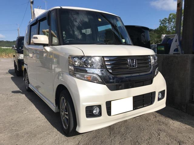 沖縄の中古車 ホンダ N-BOXカスタム 車両価格 110万円 リ済込 2014(平成26)年 3.5万km パール