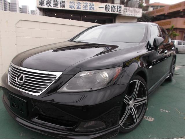 沖縄の中古車 レクサス LS 車両価格 115万円 リ済込 平成19年 7.9万km ブラック