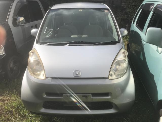 沖縄の中古車 ホンダ ライフ 車両価格 6万円 リ済込 2004(平成16)年 8.5万km シルバー
