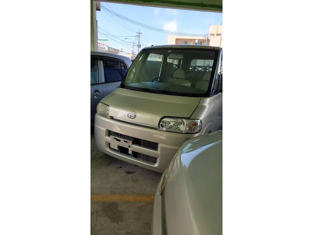 沖縄の中古車 ダイハツ タント 車両価格 10万円 リ済込 2004(平成16)年 10.6万km ライトゴールド