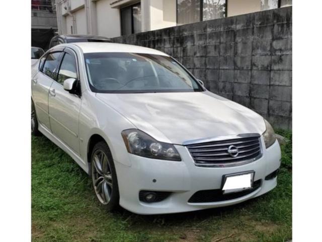 沖縄の中古車 日産 フーガ 車両価格 55万円 リ済込 2009(平成21)年 11.4万km ホワイトM