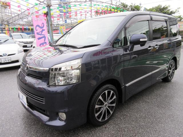 沖縄の中古車 トヨタ ヴォクシー 車両価格 72万円 リ済込 平成19年 15.1万km ダークブルーマイカ