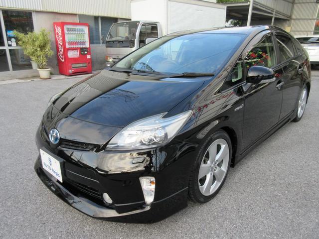 沖縄の中古車 トヨタ プリウス 車両価格 158万円 リ済込 2012(平成24)後 5.9万km ブラック