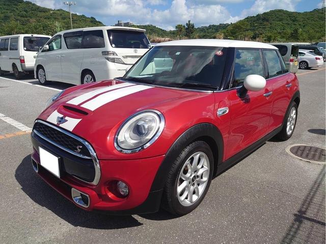 沖縄の中古車 MINI MINI 車両価格 208万円 リ済込 2014(平成26)年 1.9万km レッドII