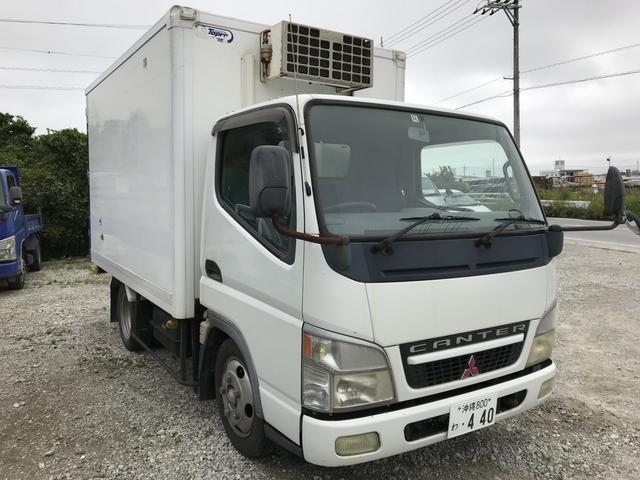 沖縄の中古車 三菱ふそう キャンター 車両価格 129万円 リ済別 2003(平成15)年 30.0万km ホワイト